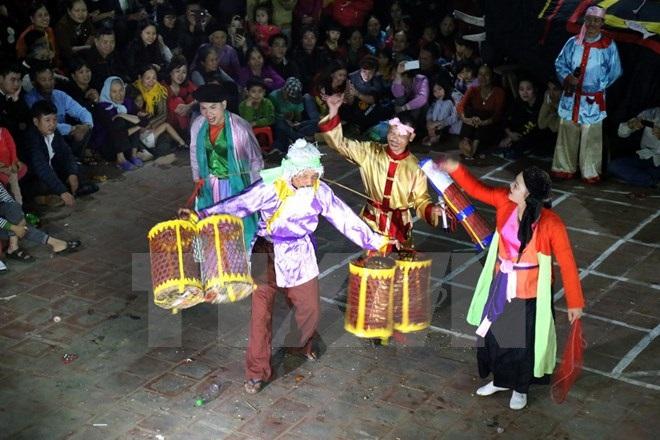 Lễ hội linh tinh tình phộc ở Tứ Xã