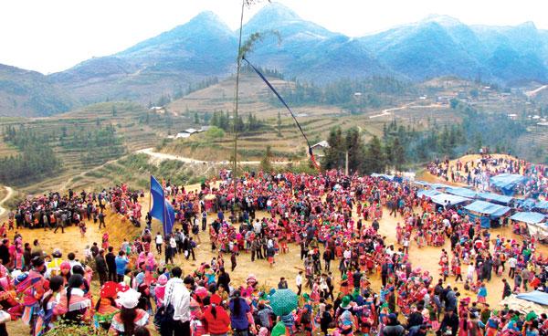 Lễ hội Gầu Tào - nét văn hóa dân gian độc đáo của người Mông