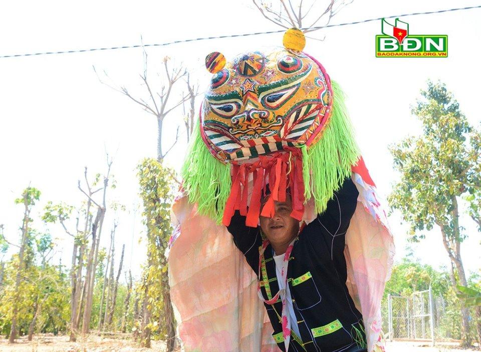 Độc đáo điệu múa sư tử mèo của người Tày, Nùng