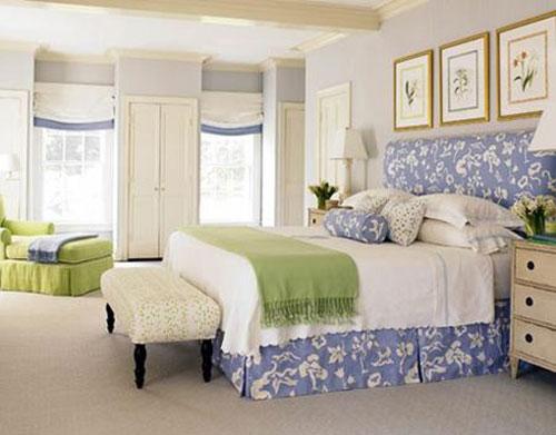 Phong thủy giường ngủ vợ chồng kiêng đặt giường ngủ ngay dưới thanh xà ngang
